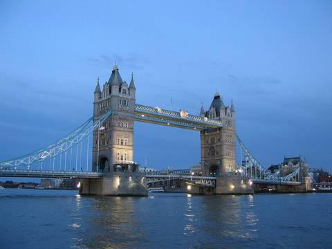cac-dia-diem-du-lich-o-luan-don-yeudulich-tower-bridge-